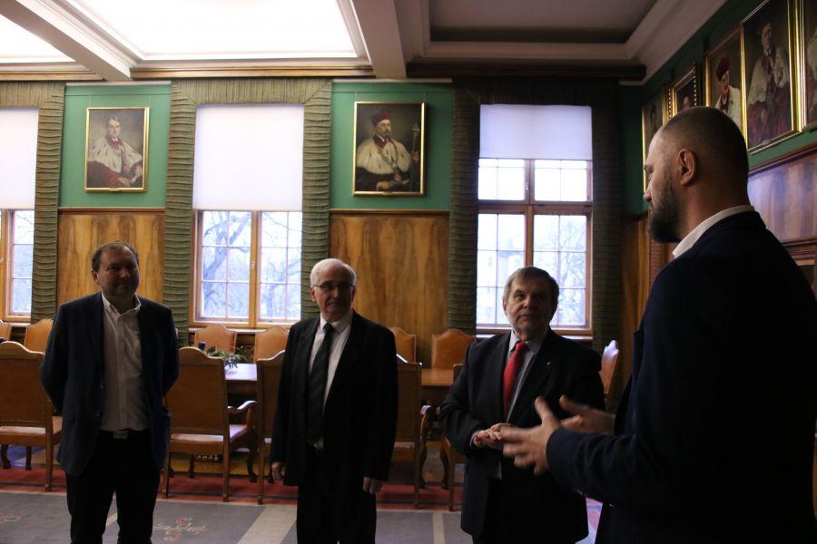 Podpisanie umowy o współpracy pomiędzy Uniwersytetem a Beyond.pl odbyło się 12 stycznia 2018 r.