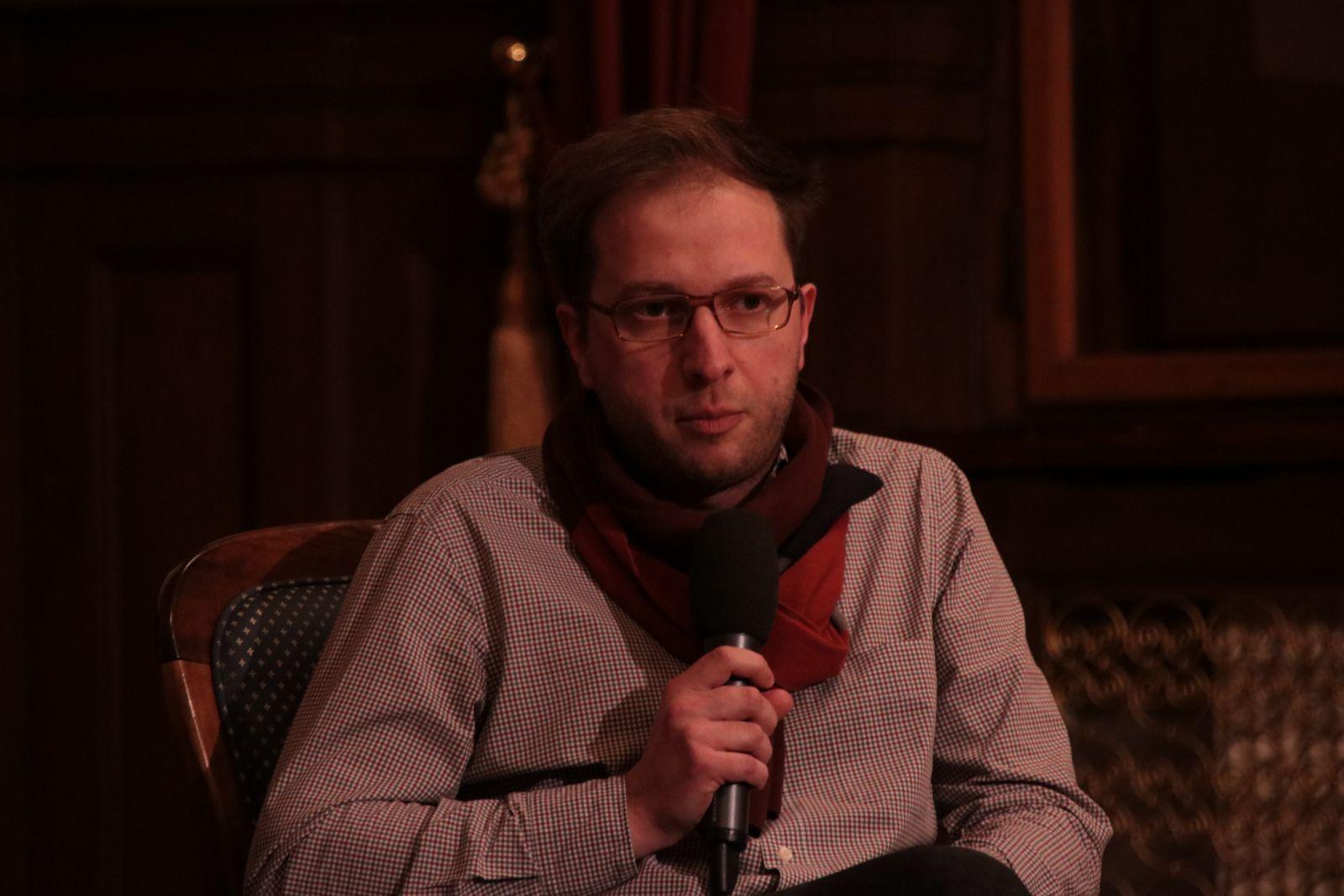 dr Piotr Forecki