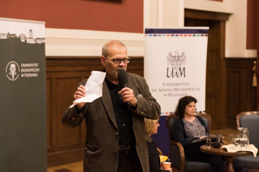 Prof. Krzysztof Podemski - prowadzący debatę