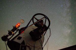 Obserwatorium Astronomiczne UAM śledzi w kosmosie roadstera Tesli
