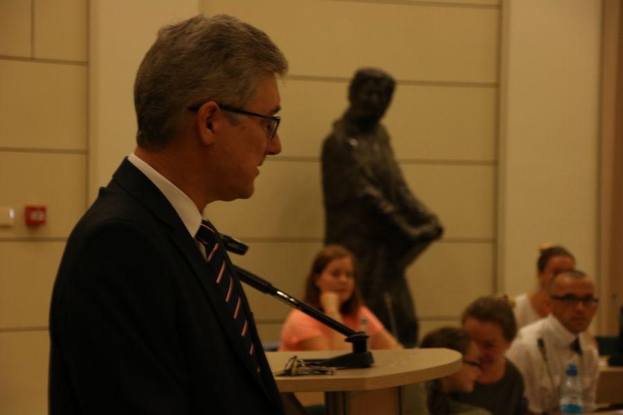 prof. UAM dr hab. Jarosław Liberek