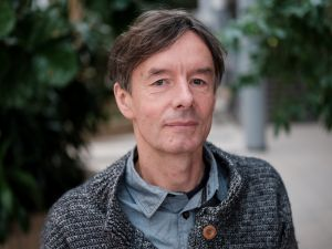 Prof. Jacek Radwan. Wyprzedzić wroga