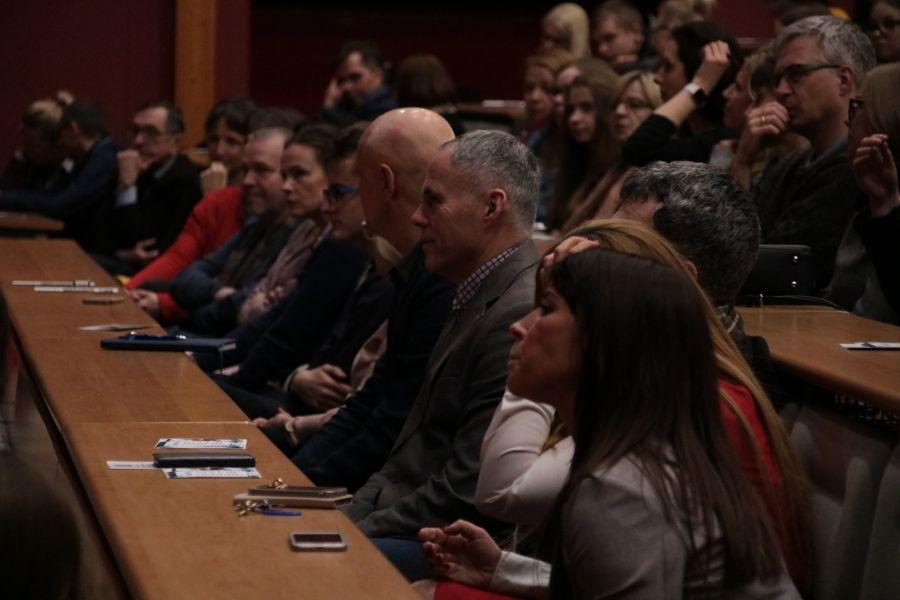 Spotkanie informacyjne zgromadziło rodziców potencjalnych uczniów oraz samych gimnazjalistów