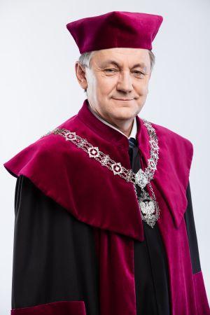 prof. UAM dr hab. Tadeusz Wallas