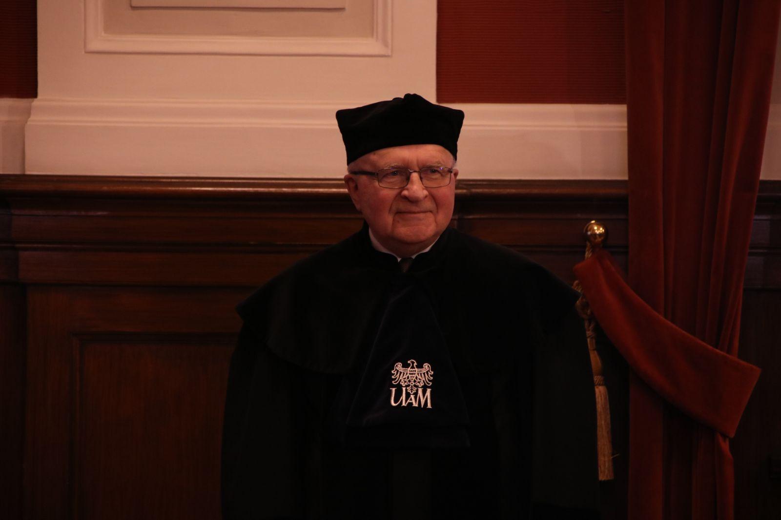 Zdjęcie - prof. Janusz Jurczak