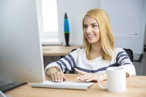 """Warsztaty online """"Praca ze studentami z trudnościami natury psychicznej i poznawczej"""""""