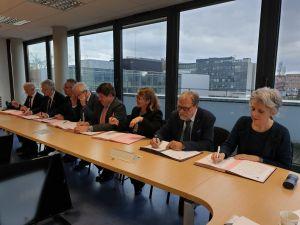 8 partnerów zebrało się w Strasburgu, aby podpisać umowę o partnerstwie wzmacniającą współpracę