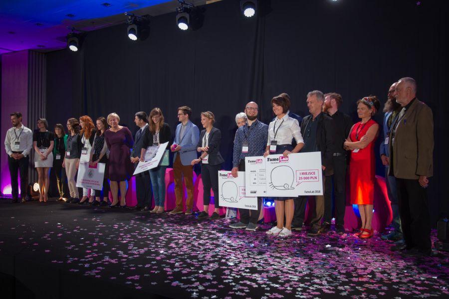 Nagrodzeni podczas finału FameLab, zdjęcie: Centrum Nauki Kopernik
