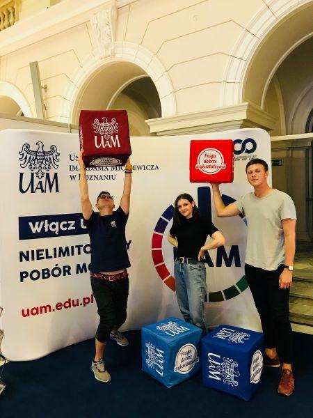 Studenci UAM na targach