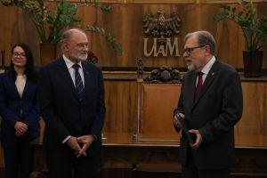 Prof. Tomasz Schramm uhonorowany medalem Homini Vere Academico