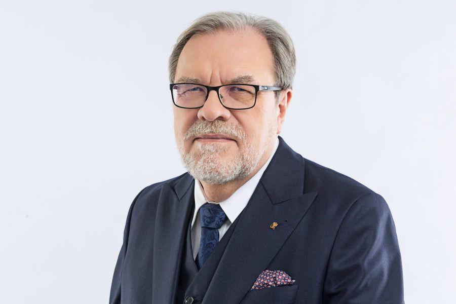 Rektor prof. Andrzej Lesicki