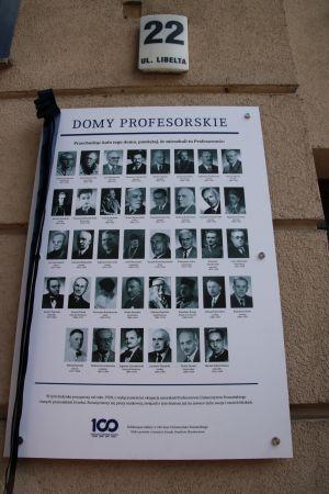 Profesorowie Uniwersytetu Poznańskiego wrócili do domu