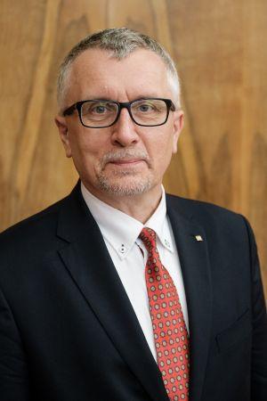 prof. UAM dr hab. Rafał Witkowski