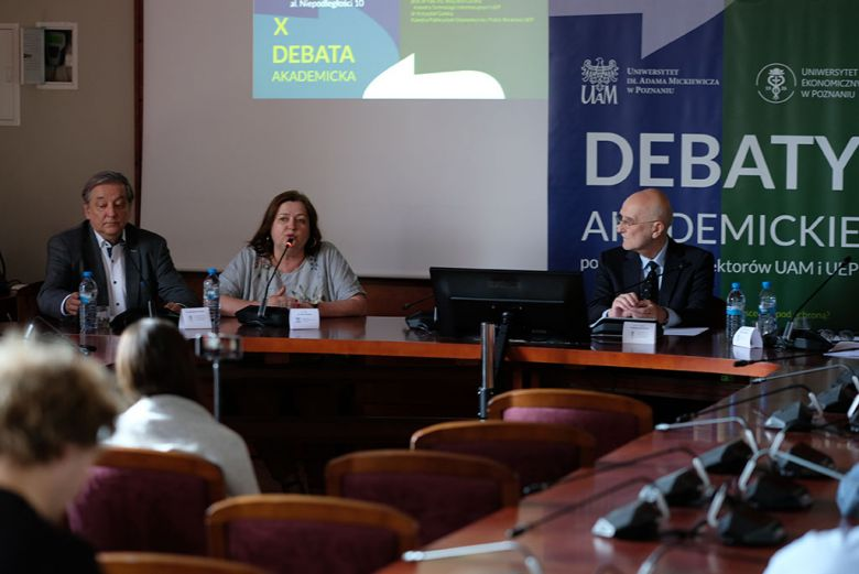 Paneliści X Debaty Akademickiej