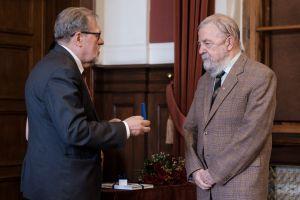 Prof. Jerzy Marian Brzeziński odznaczony medalem Homini Vere Academico
