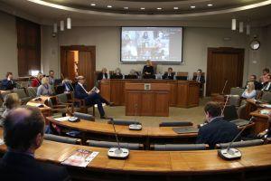 Rozwijając kompetencje, zmieniamy świat - pierwsze obrady Senatu UAM