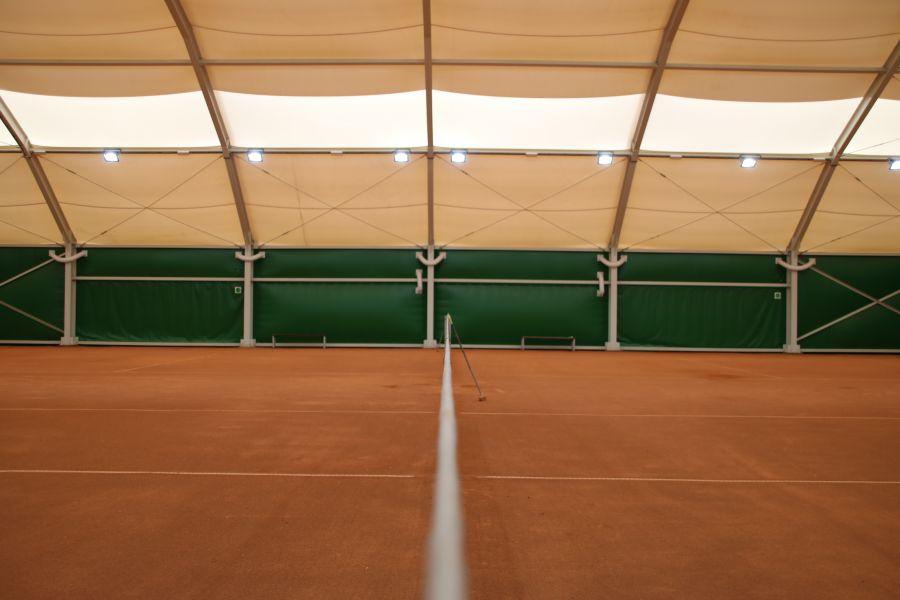Korty tenisowe na Morasku - wnętrze