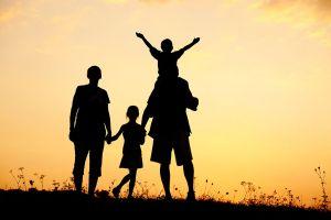 Rodzina a społeczeństwo – ewolucja rodziny. Od starożytności do współczesności