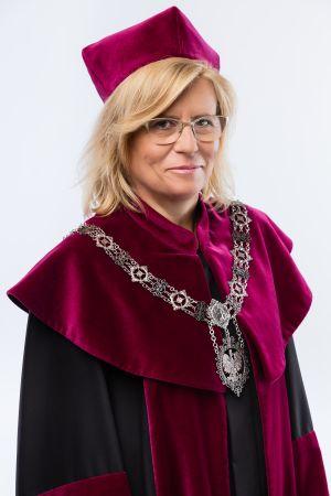 prof. dr hab. Bogumiła Kaniewska