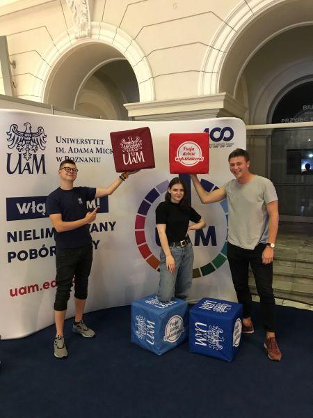 Studenci UAM na targach w Warszawie