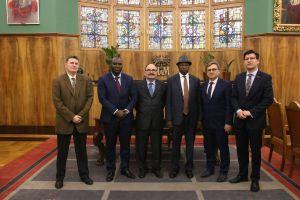 Umowa pomiędzy UAM A Université Kofi Annan de Guinée