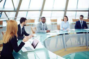 Co zmieni się w prawie pracy? Jakie są szanse i zagrożenia dla pracowników? Przyjdź na debatę.
