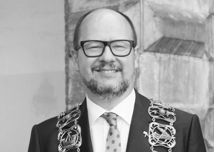 Paweł Adamowicz, fot. Rudolf H. Boettcher - Praca własna, CC BY-SA 4.0, https://commons.wikimedia.org/w/index.php?curid=71093575
