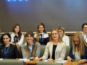 Grupa stypendystów Programu Kirklanda spotkała się na UAM