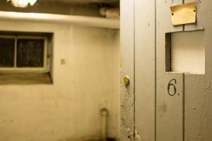 Więzienie w Collegium Martineum?