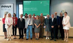 Wizyta władz UAM w PPNT