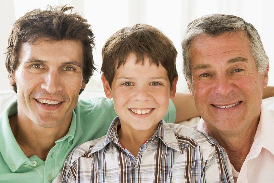 Mężczyźni dziadek syn