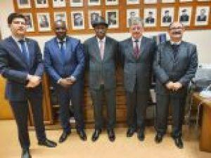 Delegacja z Uniwersytetu Kofi Annana w Gwinei z wizytą na UAM