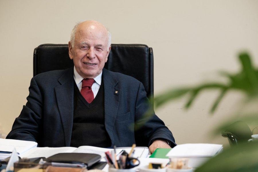 prof. Kostrzewski