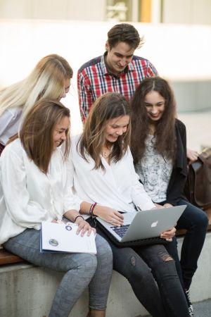 Tryb prowadzenia zajęć w semestrze zimowym w roku akademickim 2020/2021